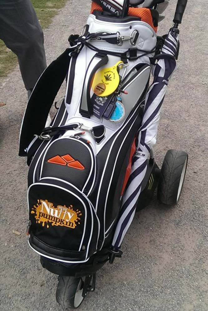 Golf bag embroidery personalisation in